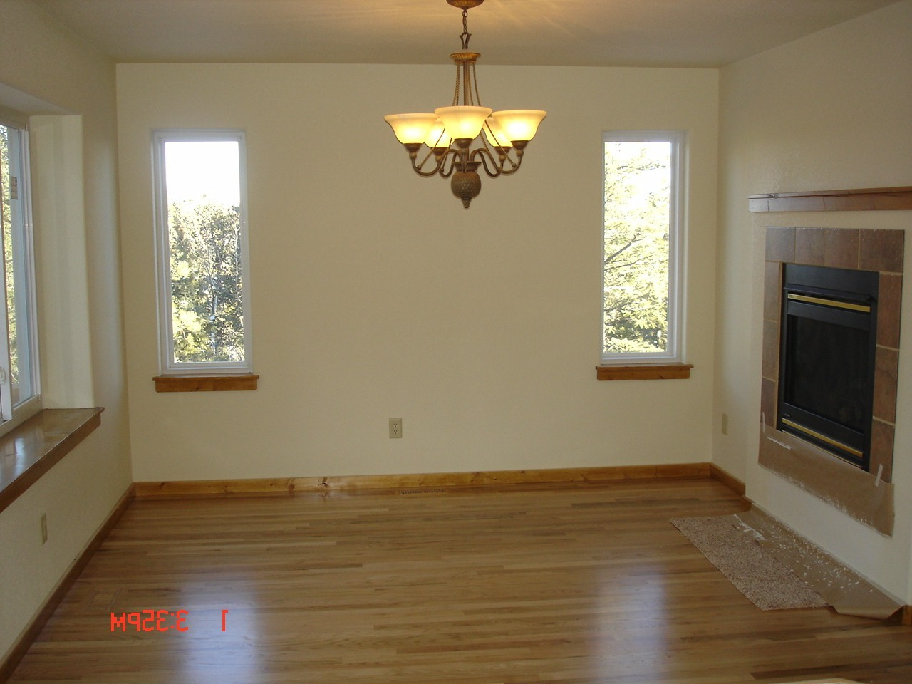 Hardwood floors in the dining room
